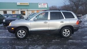 Hyundai Santa Fe *** LOADED ALL WHEEL DRIVE SUV  *** CERT $4995