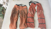 CHAINSAW CHAPS/WEDGES