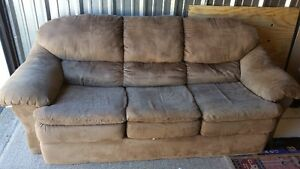 2 yrs microfiber 3 seater couch mint condition delivery included