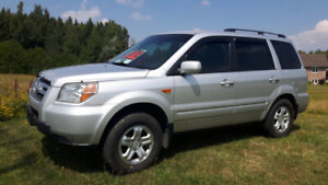 08 Honda Pilot Great condition - Remote start - AC - Reduced