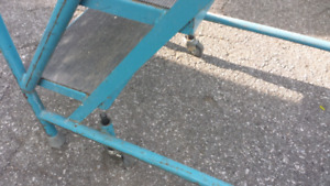 Stacking  step rolling ladder.industrial