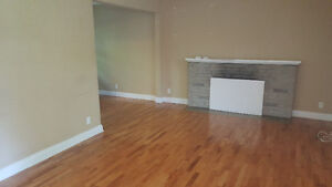 Perfect Student Rental House Located Close to Western London Ontario image 2