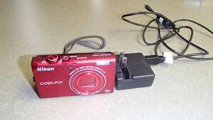 Nikon Coolpix S6200 Camera