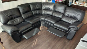 BLACK LEATHER RECLINER SECTIONAL FOR SALE!!!