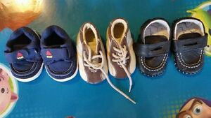 Boys shoes size 1 and 2 all 3 pairs for $8 Kitchener / Waterloo Kitchener Area image 1