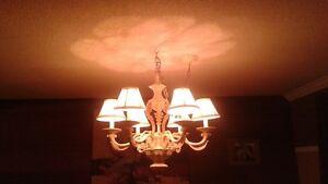 lustre style chandellier 6 abajours négociable