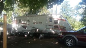 26 FOOT TRAVEL TRAILER SUN SET TRAIL by CROSSROADS gd.condition