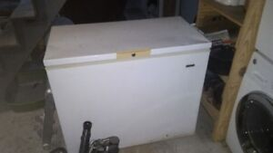Beaumark Deep freezer