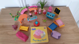 Peppa pig toy bundle figures book dolls house furniture all for £5 Fro