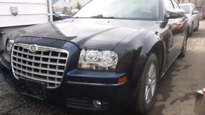 2006 Chrysler 300 Low kms .saftey Etest and very LOW PRICE
