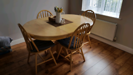 Extending table and 4 chairs.