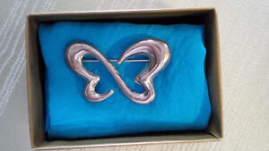 Silver New Butterfly Pin - for sale ! Kitchener / Waterloo Kitchener Area image 1
