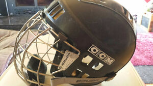 CCM Kids/Youth Hockey Helmet with Facemask/Cage - Clean!