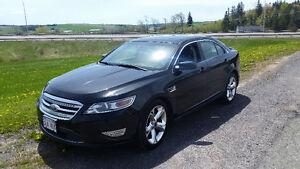 2010 Ford Taurus SHO Sedan