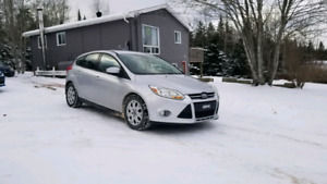 2012 Ford Focus *WINTER TIRES*