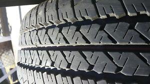 pneu presque neuf d'hiver a vendre
