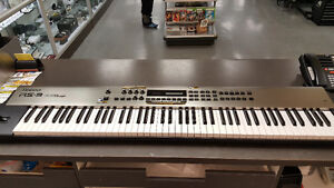 Synthesizer Roland RS-9 64 Voice