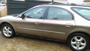 Ford Taurus Wagon 2002 SE Great Condition