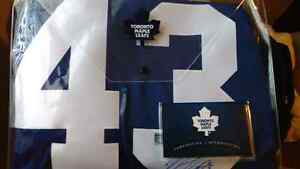 Signed authentic Toronto Maple Leafs Jersey  Kitchener / Waterloo Kitchener Area image 1