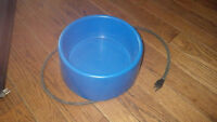"Electric heated; animal water bowl & 17""x 24"" bed"