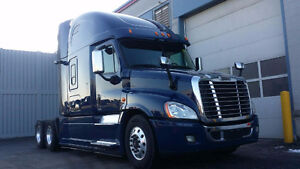 2015 Freightliner Cascadia Evolution with full service records