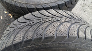 Good-year winter tires 235/70/R16 4 for  $220 West Island Greater Montréal image 2