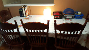 Beautiful Antique & Traditional Wooden Dining Table