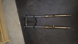 1982 XS400 Forks with Triple Clamp