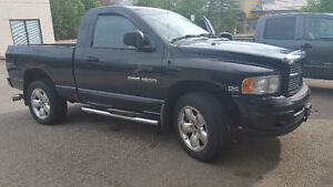 2004 Dodge Power Ram 1500 Sport Pickup Truck