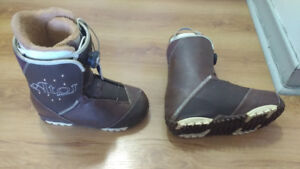 Snowboard Boots - Woman - Size 9