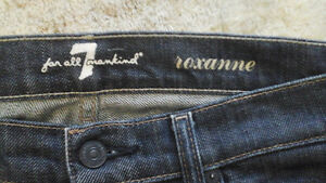 7 FOR ALL MANKIND Jeans Size 29 ROXANNE dark wash - EUC wore 3x London Ontario image 3