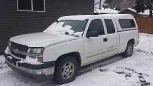 Parting out 2004 Chev truck