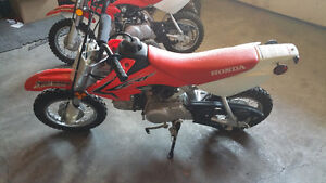 SOLD!!!!!!!!!!!!!!!!!!Honda Crf 50's 2015 Clean and good to go!!