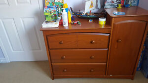 Crib and matching chest/changing table