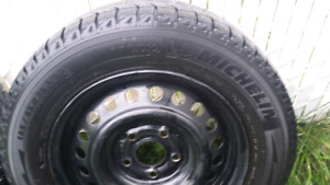 MICHELIN X-ICE 195/65R15 With rims