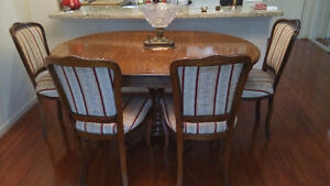 Dinning table $ 4 chairs
