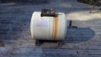 Water pump  ( Jet )  storage tank 7 gal