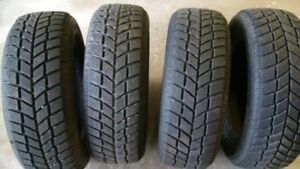 Four  215/60R16 95T Hankook Winter Tire for Sale
