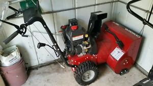 "CANADIANA 24"" Snow thrower. USED ONE SEASON Windsor Region Ontario image 2"