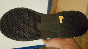 safety shoes / work boots
