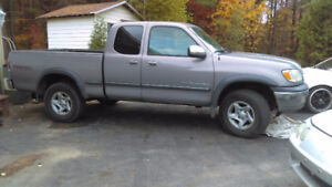 2002 Toyota Tundra Off road Camionnette