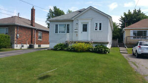 Full House with finished basement in Desired West Hamilton