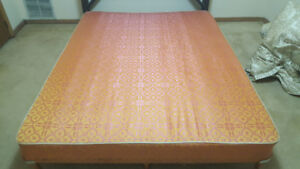 Queen Size Matress and Box spring for Sale