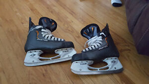 Used Hockey Skates - Easton EQ4's