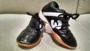 LEATHER SPORT SHOES 2 yrs old TODDLER BOY