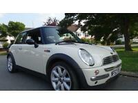 MINI HATCH COOPER - FULL SERVICE HISTORY 2002 Manual 90697 Petrol White Petrol