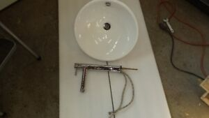 American Standard sink and faucet