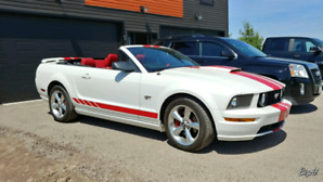 Get ready for the summer!  2007 Ford Mustang GT convertible!