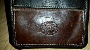 Leather Roots Purse 4 Sale Regina Regina Area image 2