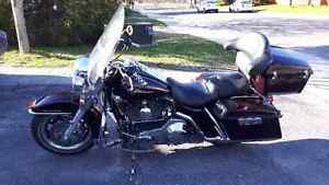 2005 Harley Davidson Road King - needs to go !!!!!
